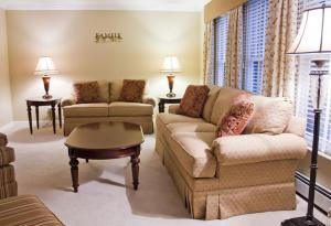 Therese Interior Design - Formal Family Flair