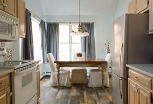 Therese Interior Design - Sleek in Suffolk Suburbia